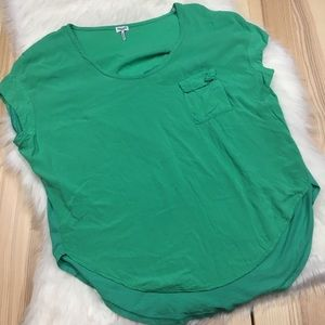 Splendid Green Contrast Flowy Pocket Tee Med